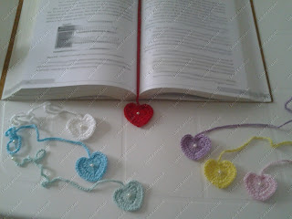 coração,coração crochê,lembrancinha coração,lembrancinha coração crochê,marcador livro,marcador página,marcador livro crochê,marcador página crochê,marcador livro coração,marcador página coração,lembrancinha marcador livro,lembrancinha marcador página,