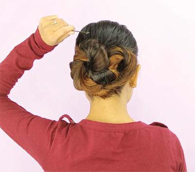 Infinity Bun hairstyle tutorial setp 7