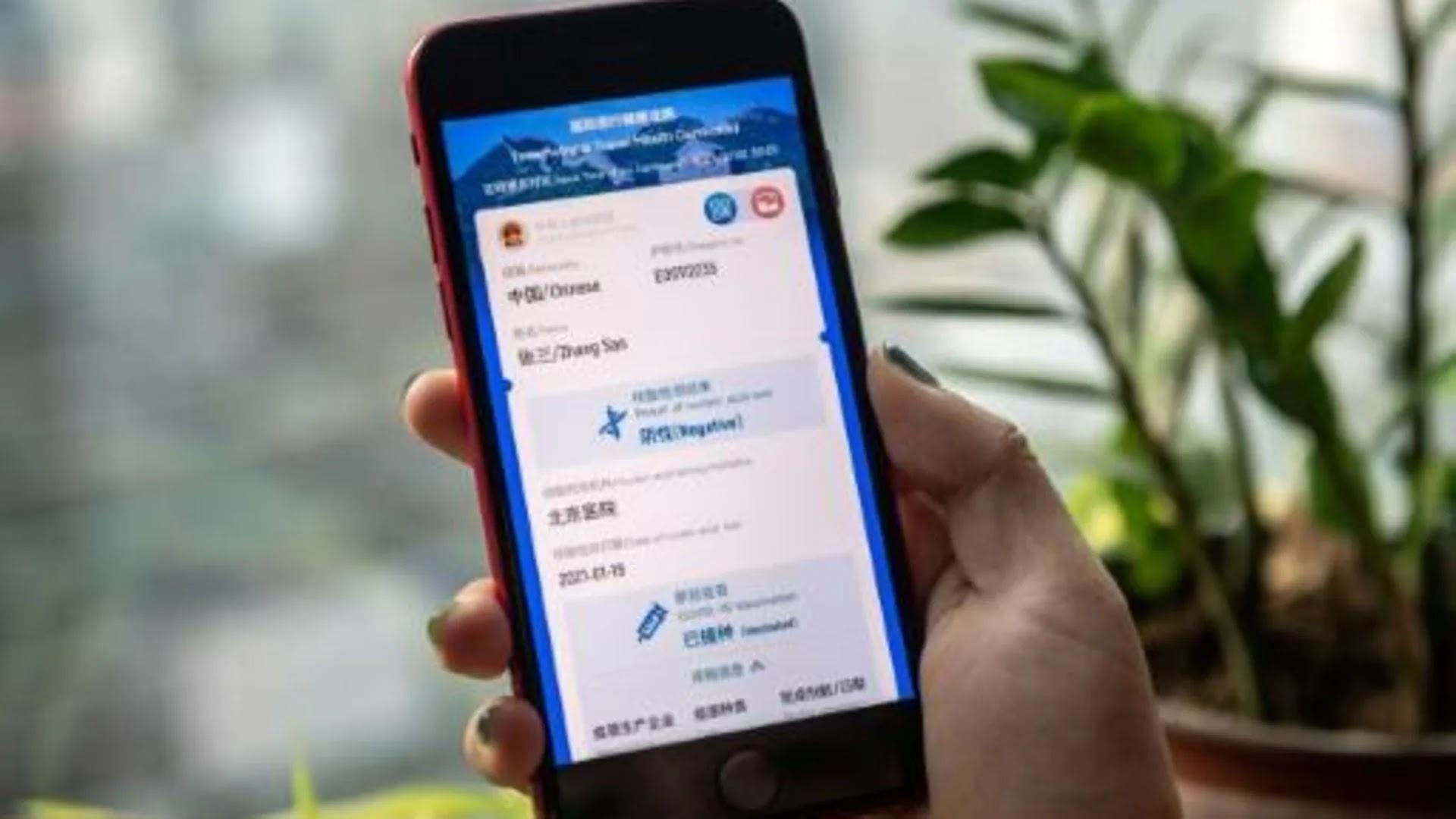 Primer pasaporte sanitario para los viajes internacionales. China