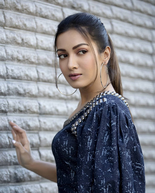 Catherine Tresa (Actress) Wiki, Age, Height, Boyfriend, Family and More