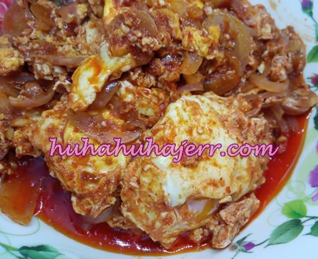 Resepi Sambal Telur Pecah Serangkak, Sedap Baq Hang...!