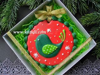Новогоднее печенье Рождественская птичка в коробке 12х12х3, салатовый бумажный наполнитель