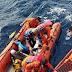 Kapal Kru 'Mancing Mania' Tenggelam akibat Gelombang Tinggi di Sumbar, 10 Orang Selamat, 3 Masih Dicari