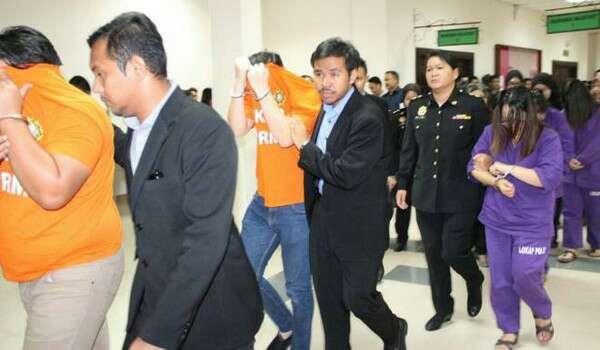 Sebelas Iku Pemesai Imigresyen Sarawak Diriman Ketegal Kes Makai Suap