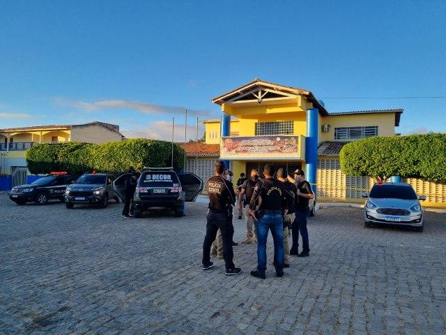 """Polícia Civil realiza """"Operação Dimidium"""" em Salitre para investigar possível esquema de """"rachadinha"""""""