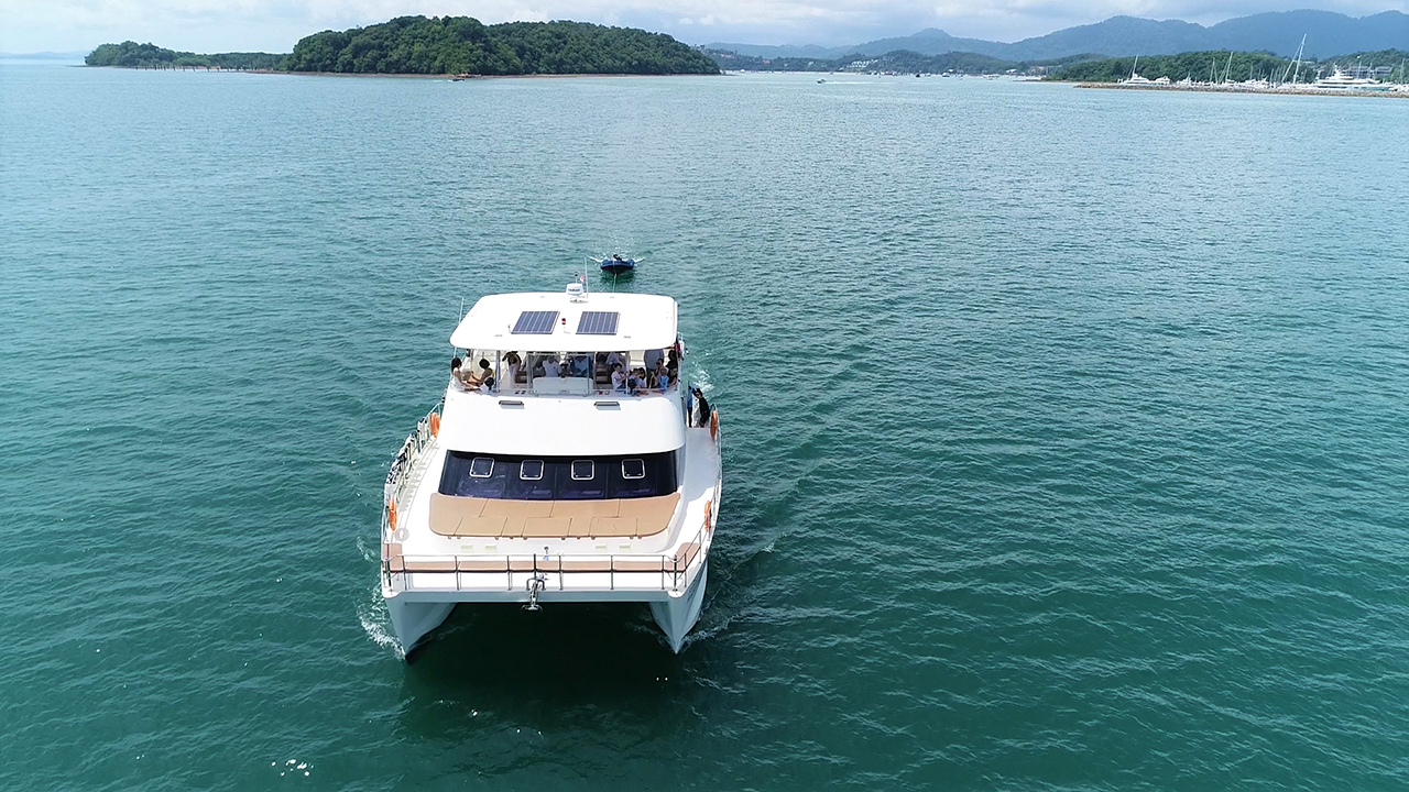 Happy Yacht Charter Fortuna