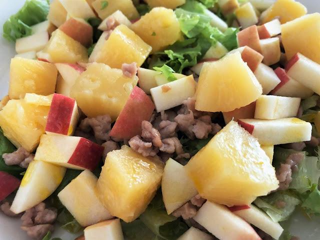 hedelmäsalaatti