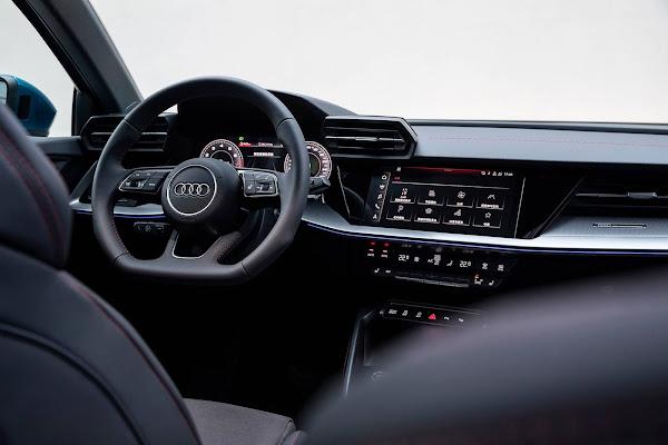 Novo Audi A3 Sportback 2022 (China) - interior