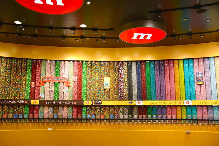 M&M World, Las Vegas, NV | My Darling Days