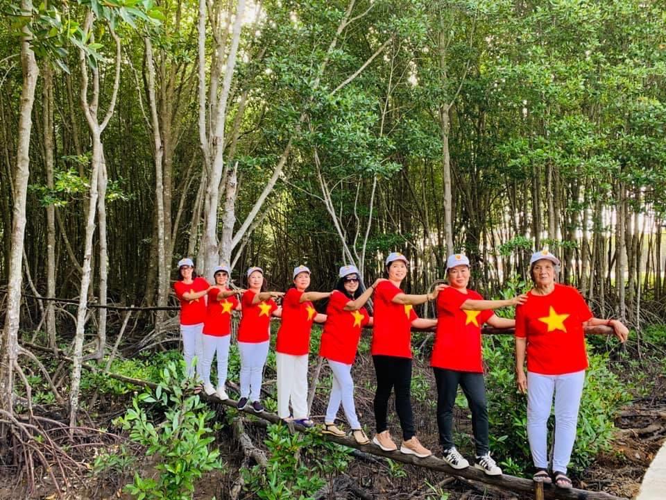 Hệ sinh thái rừng ngập mặn Cà Mau