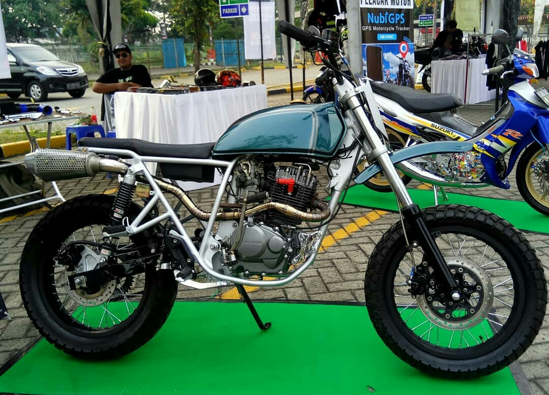 Honda Tiger GL200 Modifikasi Custom Tracker