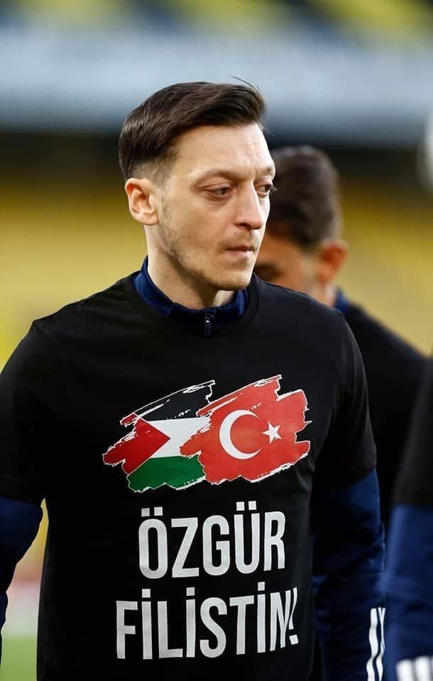 النجم محمد صلاح و لاعبون آخرون واعلاميين يتضامنون مع الشعب الفلسطيني في غزة والقدس