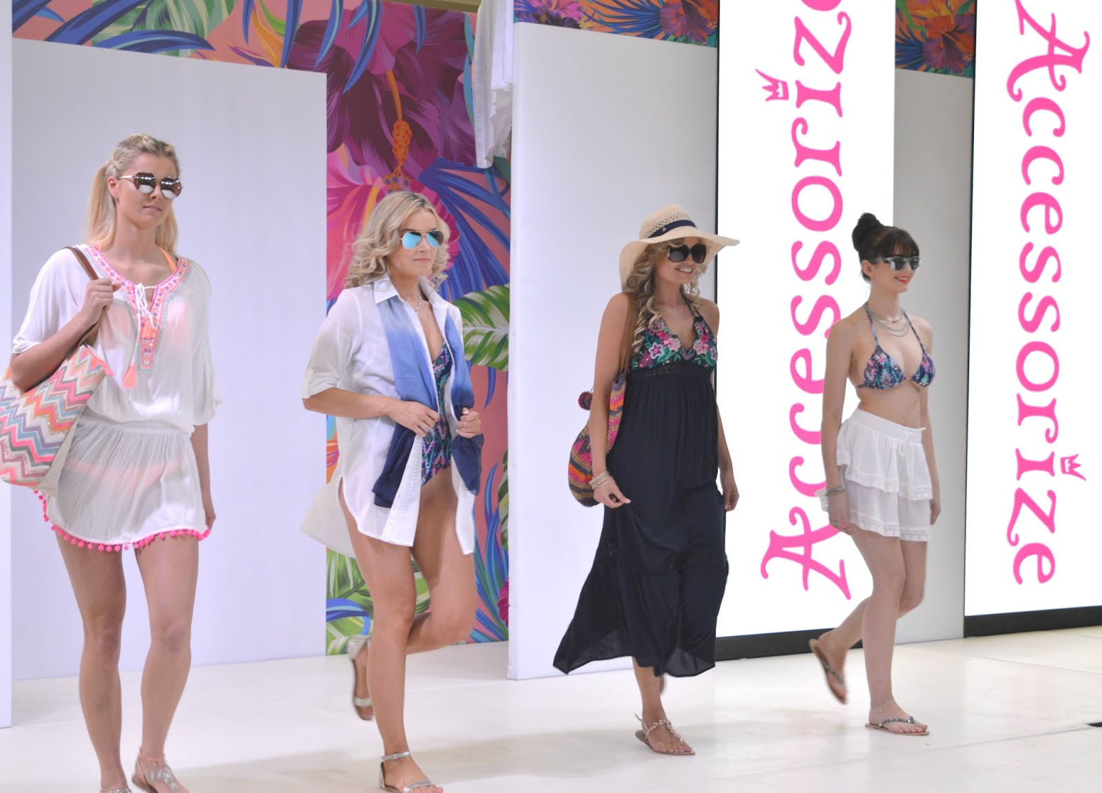 intu Metrocentre - Spring/Summer 2017 Fashion Live - Accessorize