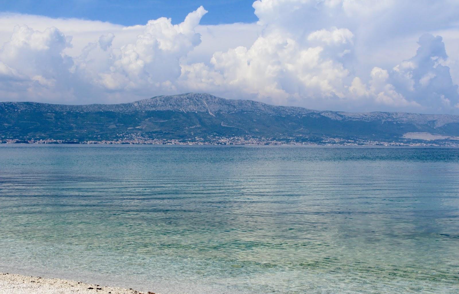 Türkisblaue Adria auf der Insel Ciovo