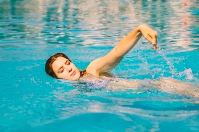 Inilah 4 Manfaat Berenang Setiap Pagi, Rasakan Kesegarannya dalam 1 harian