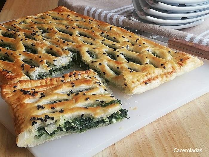 Hojaldre relleno de espinacas y queso