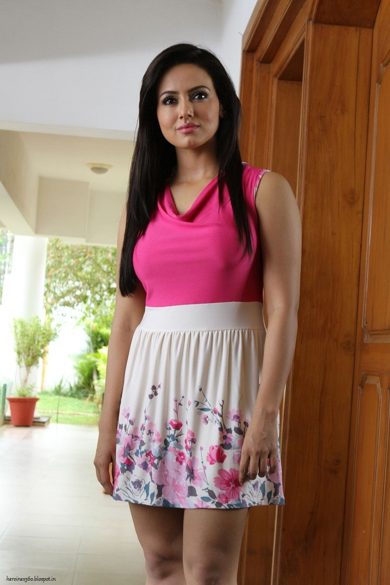 Kollywood Gallery Hot Sana Khan Pictures-5211