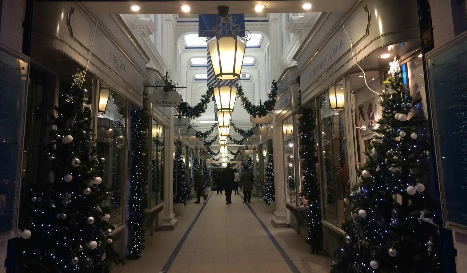 Blogmas day 2 the best places to do christmas shopping for Best places for christmas shopping