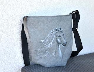 torebka hand made z koniem