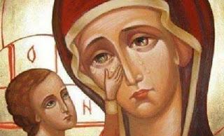 Μητέρα μεγαλόψυχη, στον πόνο και στην δόξα. Βοήθα Παναγία μου τους Έλληνες, ψύχωσε τους, και φώτισε τους να βρούνε τον σωστό δρόμο για την ελευθερία.