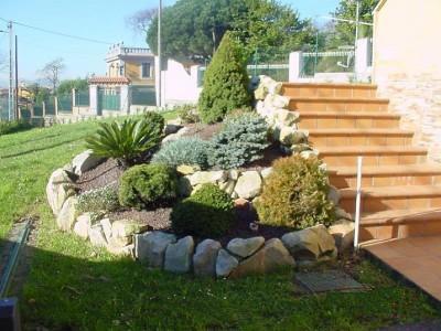 Decoraciones y modernidades modernos jardines decorados for Decoracion de piedras para jardin