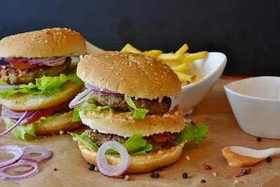 """Is """"Fast Food"""" Healthy?"""