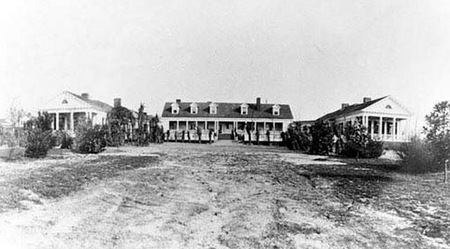 whitaikfullfront Aiken House Plan Cottage on chesnee house plan, lexington house plan, hemingway house plan,