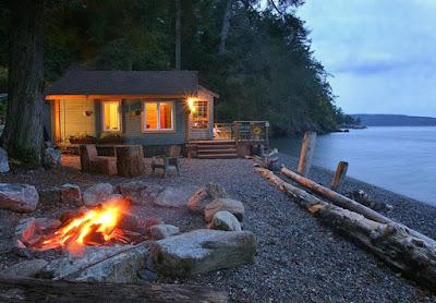 Beach House On The Water on Orcas Island, near Washington