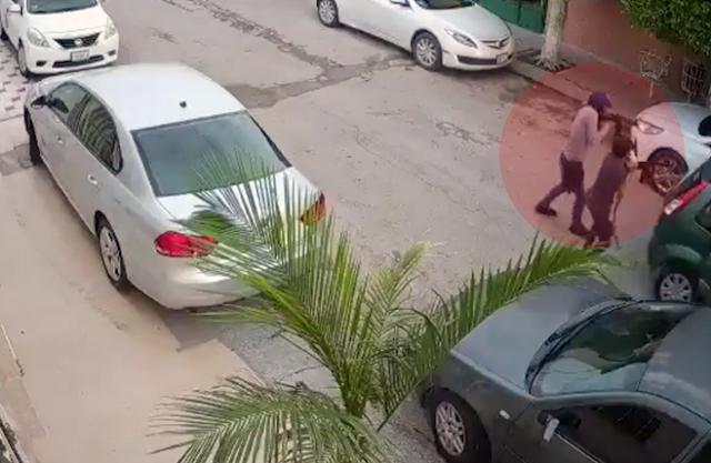 """VIDEO.- CAMARA CAPTA a """"ZETAS del NORESTE ATACANDO y MATANDO a BALAZOS con ARMAS LARGAS a POLICIA de INVESTIGACION"""
