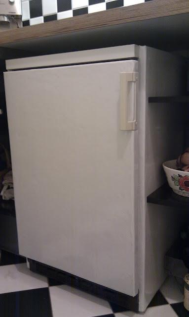 Vorne Kühlschrank Isolation Dämmung