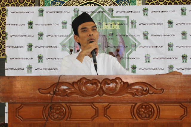 Ketum GP Anshor Berang, Ustad Abdul Shomad ceramah di Rumah Menpora