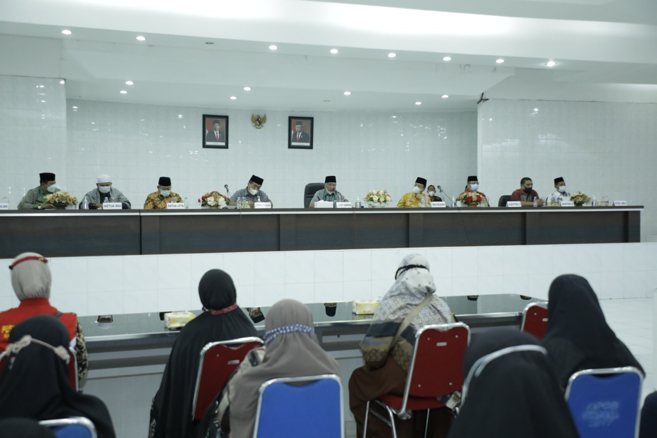 Bupati Asahan Lepas Kafilah Kabupaten Asahan Untuk mengikuti  STQH Ke XVII Provinsi Sumut