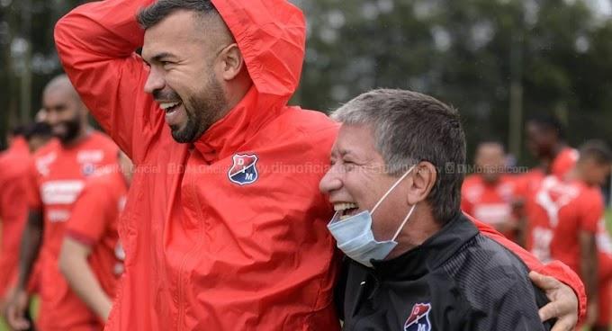 """'Arden' las redes tras fuertes declaraciones del 'Bolillo': """"El único campeón del torneo es el Medellín, no ese HP (sic) de Nacional"""""""