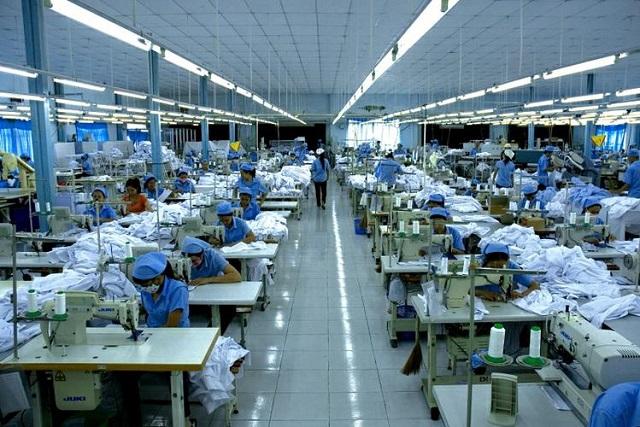Công ty may đồng phục Vàng nơi in áo đồng phục uy tín và chất lượng