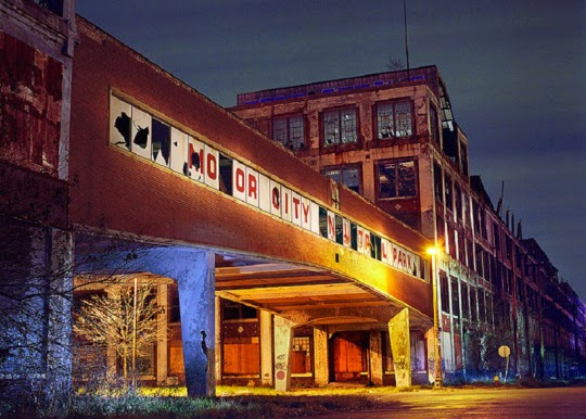 Largest Abandoned Factory In The World The Packard Factory, Detroit (69 Pics)