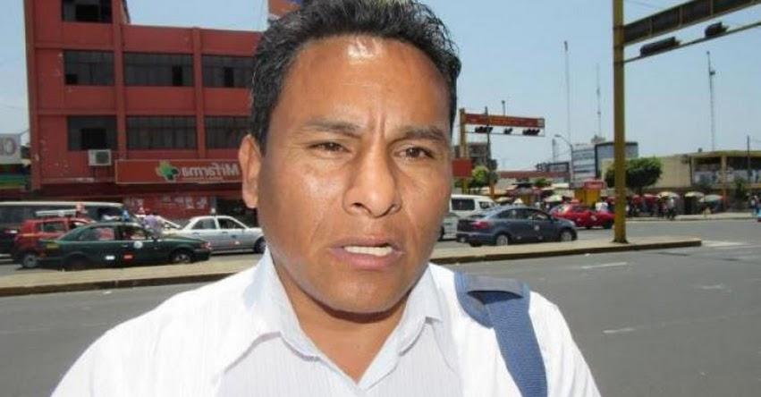 Suspenden servicios en los colegios por huelga nacional que acatan los administrativos de Chimbote