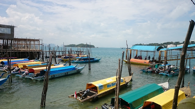 Engine Boats - Belakang Padang Island, Batam - Image Source: Hasan Imam Mukut