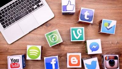 Lavorare viaggiando: Diventare un esperto di Social Media Marketing