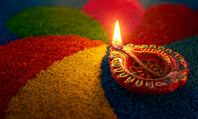 दिवाली मे रोशनी व घी के दीयै का महत्व