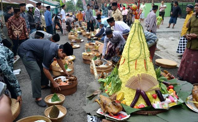 5 Tradisi Unik Perayaan Hari Idul Adha di Indonesia
