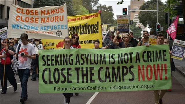 Hundreds of people march in Sydney to support detained refugees