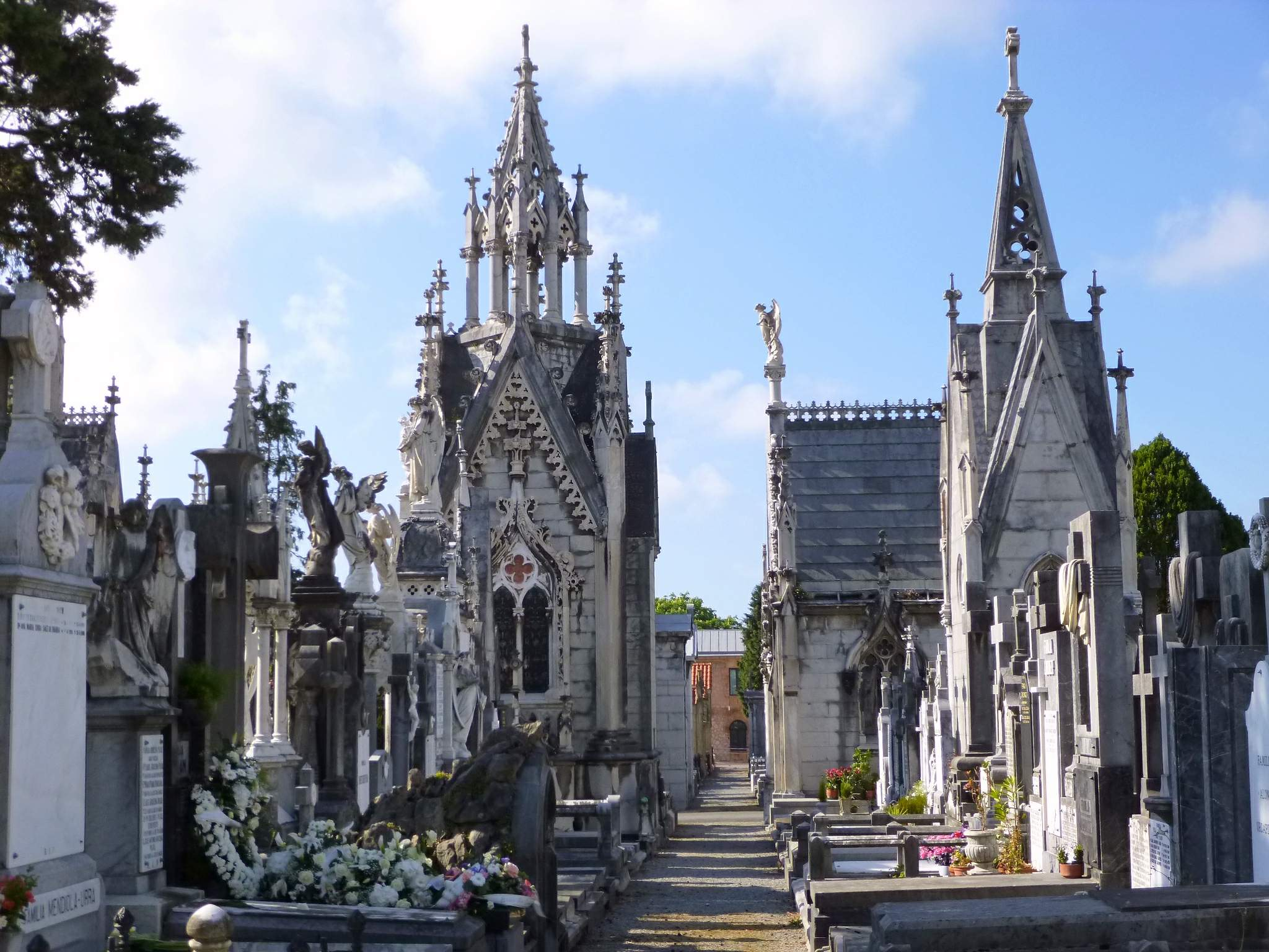 Polloe Cemetery (San Sebastian, Spain)