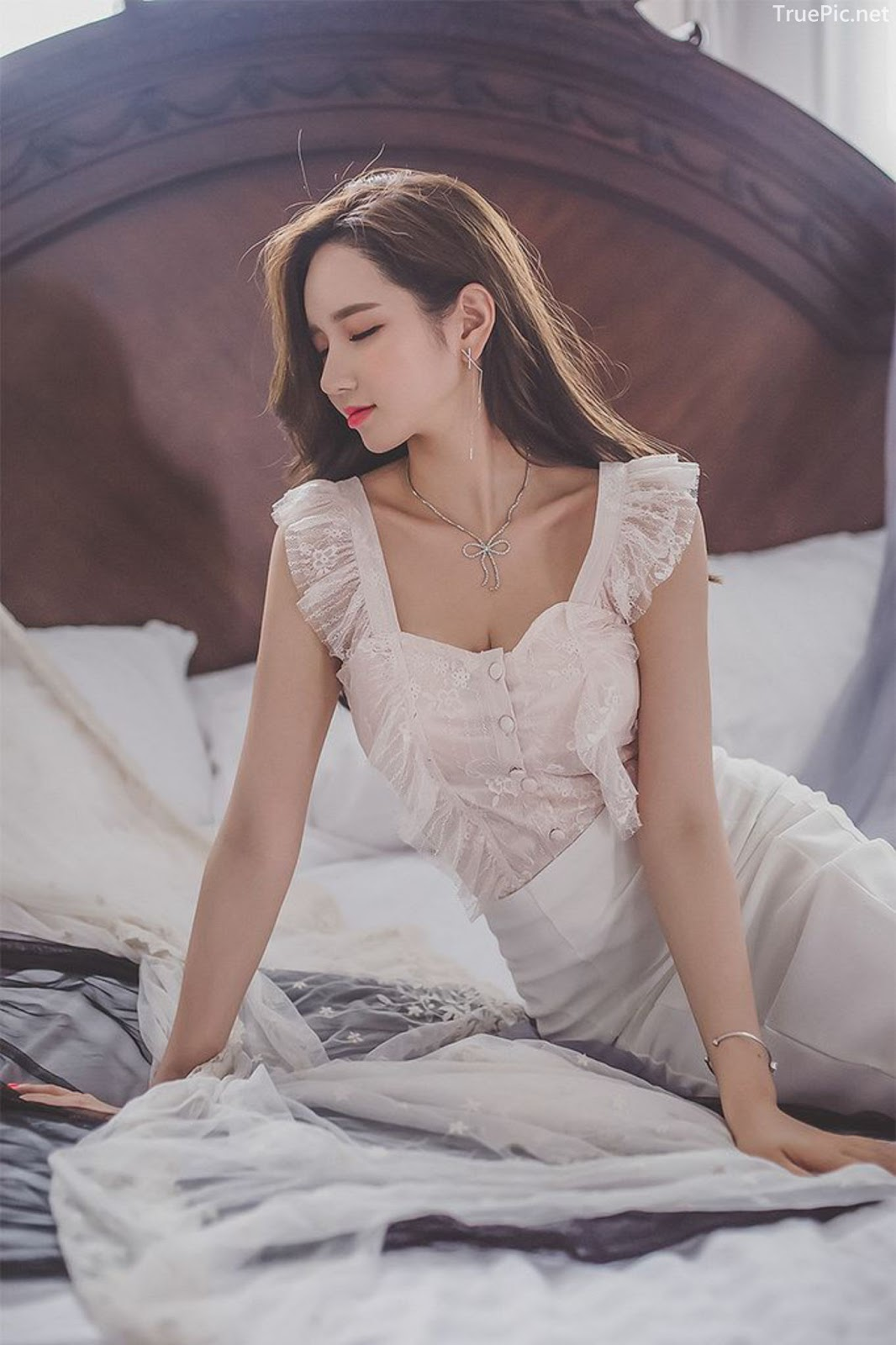 Lee Yeon Jeong - Indoor Photoshoot Collection - Korean fashion model - Part 2 - Picture 3