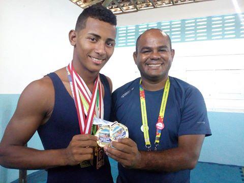 Natal: Aluno de escola estadual das Rocas representa RN em competição sul-americana de Luta Livre