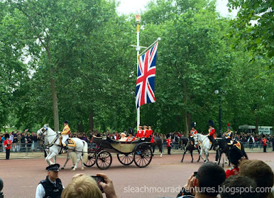 Sleachmour Adventures: How we spent 6 days in London, saw the queen at Trooping the Colours and 2for1 sight-seeing options