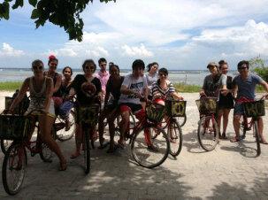 http://www.zaitidung.com/2017/06/lokasi-pulau-tidung.html