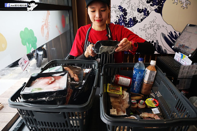 IMG 8706 - 【熱血採訪】肉多多 - 超市燒肉,三五好友一起來採購,想吃甚麼自己拿,現拿現烤真歡樂! 產地直送活體海鮮現撈現烤、日本宮崎5A和牛現點現切!