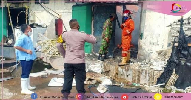 4 Gudang PT. Charoen Pokphand Brebes Hangus Terbakar