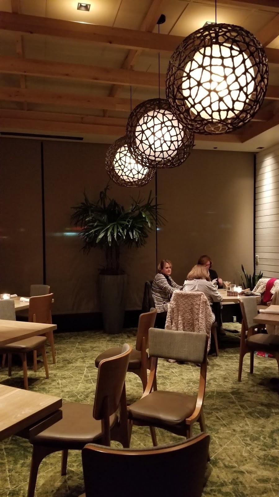Seasons 52 Seafood Steaks And Elegant Dining In Troy Mi