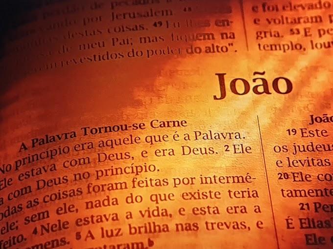João 1-Jesus.